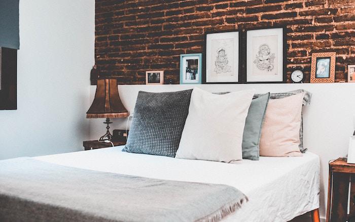 美しいベッドメーキング